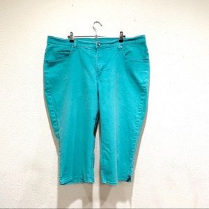 RIDERS By Lee Cropped Jeans